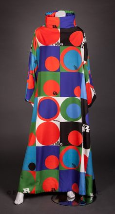 Caftan 1970 Rudi Gernreich (1922-1985) This caftan is the ultimate expression of Gernreich's dislike for fashions that confined movement. As a designer, Gernreich worked to liberate the body. His No-Bra bras, unlined bras offering a natural look, and the famous breast-baring monokini, demonstrate this effort.