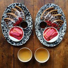 Instagram media symmetrybreakfast - Sunday: Chocolate Waffles with pretty pink poached rhubarb, maple and Cloud Tea ❤️#symmetrybreakfast