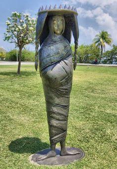 la dama oval - escultura - leonora carrington - 2008
