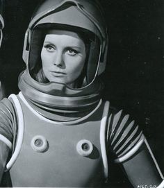 Clementine Taplin - Moon Zero Two - Catherine Schell - Science Fiction Fiction Movies, Science Fiction Art, Sci Fi Movies, Pulp Fiction, Space Girl, Space Age, Ufo, Space Costumes, Space Fashion