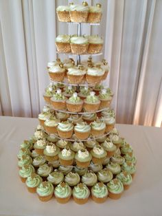olive green and gold wedding cake wedding cupcakes on vintage wedding 17999