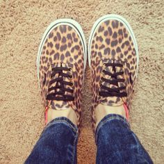 I've always wanted a pair of these  !! I'm obsessssssssed with cheetah print <3