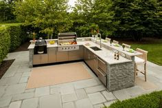 Thinking about creating the backyard kitchen of your dreams, but aren't sure whi. - Thinking about creating the backyard kitchen of your dreams, but aren't sure which layout is best - Outdoor Kitchen Plans, Outdoor Kitchen Countertops, Backyard Kitchen, Outdoor Kitchen Design, Outdoor Cooking, Outdoor Kitchens, Simple Outdoor Kitchen, Kitchen Cabinets, Parrilla Exterior