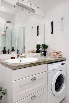 29 Small Laundry Room Remodeling and Storage Ideas (Practical) Laundry Room Remodel, Laundry Room Bathroom, Small Laundry Rooms, Laundry Room Design, Bathroom Design Small, Bathroom Layout, Bathroom Interior Design, Modern Bathroom, Bad Inspiration