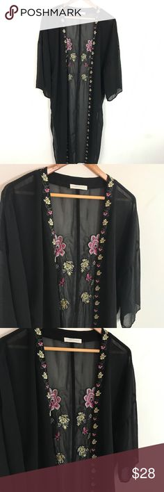 PacSun Kimono NWOT perfect as a swimsuit cover up, or as layering piece for any outfit. PacSun Tops Tunics