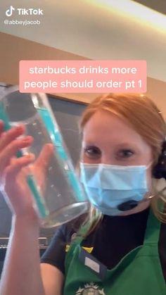 Bebidas Do Starbucks, Healthy Starbucks Drinks, Yummy Drinks, Comida Diy, Amazing Food Videos, Starbucks Secret Menu Drinks, Coffee Drink Recipes, Cocktails, Double Shot