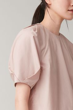 Sleeves Designs For Dresses, Fashion Details, Fashion Design, Fashion Sketches, Blouse Designs, Blouses For Women, Women Wear, Fashion Outfits, Dusty Pink
