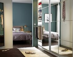 Our PAX AULI wardrobe door adds a hint of glamour to any space.