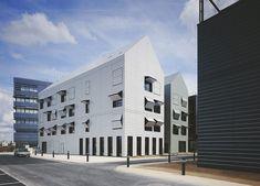 Elizabeth Naud Et Luc Poux Architectes, Julien Lanoo · 160-unit home for dependent elderly people in Villejuif