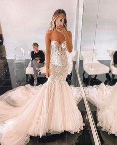 Cute Wedding Dress, Wedding Bridesmaid Dresses, Dream Wedding Dresses, Designer Wedding Dresses, Bridal Dresses, Wedding Gowns, Red Wedding, Summer Wedding, Dream Dress