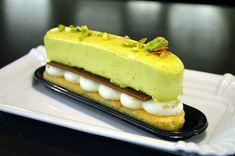 nové zákusky z cukrárny Moje cukrářství Hot Dog Buns, Hot Dogs, Cheesecake, Bread, Food, Cheesecake Cake, Meal, Cheesecakes, Essen