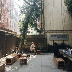 escapeyourdesk - NYC Backyard Coffee Shops - greecologies outdoor space in the springtime