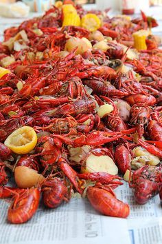 How to cook Crawfish. We are smack dab in the middle of crawfish season, so if you haven't had a boil at least once this year it's time to read this guide and catch up. How To Cook Crawfish, Crawfish Recipes, Seafood Boil Recipes, Cajun Recipes, Seafood Dishes, Fish And Seafood, Cooking Recipes, Cajun Seafood Boil, Restaurants