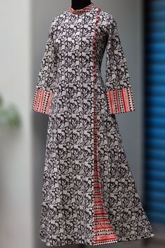 Buy MaatiCrafts Multicolored Cotton Printed Anarkali Kurta online in India at best price.a stunning mughal styled high collar dress in bagru print & fabric potli buttons! Kurta Designs Women, Kurti Neck Designs, Blouse Designs, Printed Kurti Designs, Pakistani Dresses, Indian Dresses, Indian Outfits, Kurta Patterns, Dress Patterns