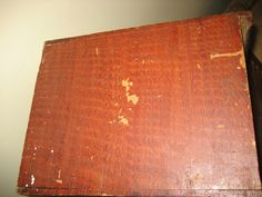 Gold Medal wood box paint texture