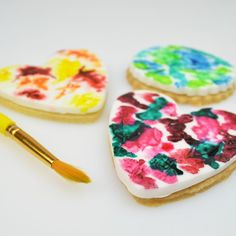 Watercolour Cookies - To view the tutorial, please visit http://www.craftcompany.co.uk/watercolour-cookies.html