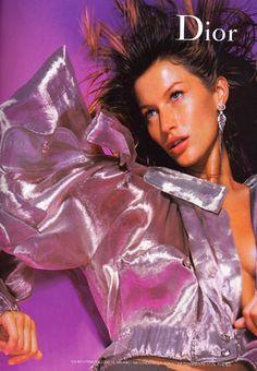 Gisele Bündchen for Christian Dior, Spring 2003 90s Models, Fashion Models, Fashion Outfits, Christian Dior, Gisele Bundchen, Fashion Advertising, 2000s Fashion, Fashion Fashion, Poses