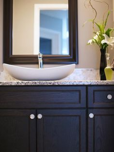 I'm so in love with the shape of this sink