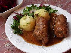 zrazy wołowe zawijane Polish Desserts, Russian Recipes, Russian Foods, Main Menu, Stew, Ricotta, Mozzarella, Catering, Meat