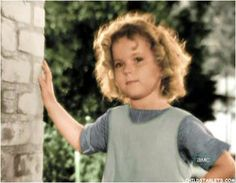 Shirley Temple Child Actress Images/Pictures/Photos/Videos from film/television/talk shows/appearances/awards Child Actresses, Actors & Actresses, Tv Actors, Classic Hollywood, Old Hollywood, Hollywood Stars, Shirly Temple, Facial, Actrices Hollywood