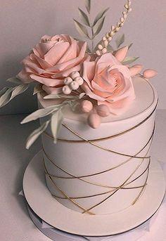 Elegant Birthday Cakes, 18th Birthday Cake, Beautiful Birthday Cakes, Elegant Cakes, Cake Decorating Designs, Cake Decorating Techniques, Beautiful Cake Designs, Beautiful Cakes, Pretty Cakes