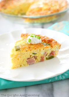 Baked Denver Omelet - It's breakfast, brunch, or even dinner. {The Girl Who Ate Everything}