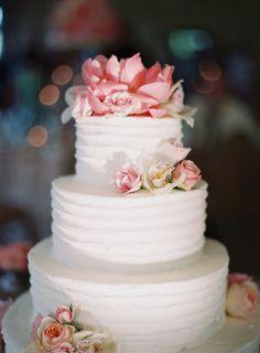 wedding cake idea; photo: JEN KROLL PHOTOGRAPHY