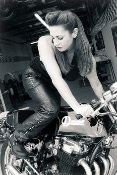 Cafe Racer with classy girl