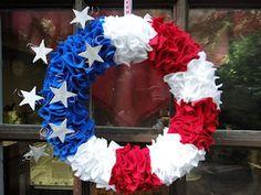 Beautiful patriot wreath DIY.