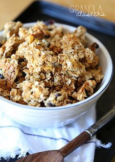 Granola Clusters ~ PERFECT granola for snacking! There are a few tricks you NEED to know!Snacking Granola Clusters ~ PERFECT granola for snacking! There are a few tricks you NEED to know! Healthy Treats, Yummy Treats, Yummy Food, Healthy Bars, Snack Recipes, Dessert Recipes, Desserts, Breakfast Recipes, Healthy Recipes