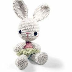 Zoomigurumi Volume 2: Louise the bunny