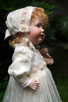 Antique Style German AmiIsabelle Victorian Dolls, Antique Dolls, Vintage Dolls, Dollhouse Dolls, Miniature Dolls, Dollhouse Miniatures, Child Doll, Baby Dolls, Quilts Vintage