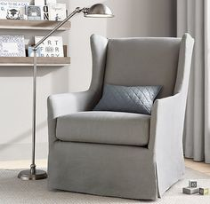 Smartly outfitted in a tailored slipcover, it combines a timeless silhouette with plenty of modern-day comfort