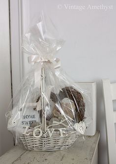 New home gift basket - I will be making one of these complete with lots of…
