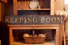 Early looking Antique Primitive KEEPING ROOM Wooden Sign. Love the basket displa. Primitive Signs, Primitive Homes, Country Primitive, Primitive Decor, Primitive Dining Rooms, Primitive Kitchen, Fridge Decor, Primitive Painting, Custom Wooden Signs