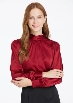 23 Satin Blouses To Copy Asap - Luxe Fashion New Trends - Fashion Ideas Red Blouses, Blouses For Women, Modest Fashion, Fashion Outfits, Fashion Trends, Blouse Sexy, Bluse Outfit, Satin Bluse, Mode Simple