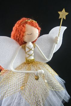 Christmas Tree Fairy, Fairy Tree, Christmas Tree Toppers, Christmas Angels, Christmas Ornaments, Christmas Ideas, Xmas, Curly Light Brown Hair, Glitter Flowers