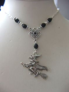 Awesome-large-silver-witch-pendant-necklace-pagan-wicca-Druids-gothic