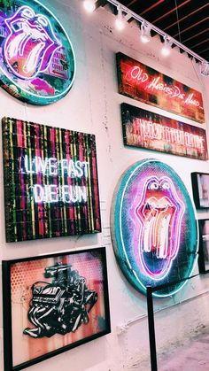 The right thing for aesthetic bedrooms by Art Hoe - Linda Drache - # Ã . - The right thing for aesthetic bedrooms by Art Hoe – Linda Drache – # aesthetic - Bedroom Wall Collage, Photo Wall Collage, Picture Wall, Collage Art, Art Hoe Aesthetic, Neon Aesthetic, Aesthetic Collage, Summer Aesthetic, Flower Aesthetic