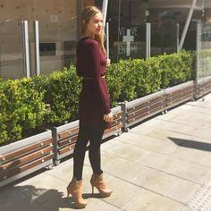 ¡Nos encantan los botines altos! ¿Tú cuáles llevas hoy? Etiquétanos con tus zapatos Santorini favoritos. #LifeStyleSNTR #outfitoftheday #botinesaltos #moda #botínSNTR #MujeresReales Foto de Catalina Ricaurte - ITYKA con sus Santorini www.santorini.com.co Santorini, Lifestyle, Fashion, Zapatos, Pictures, Moda, Fashion Styles, Fashion Illustrations, Santorini Caldera