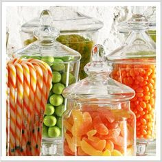 CANDY STATION - SWEET PARTY FAVORS- you can have them make their own favors and the candy would be your favorites or can be the wedding colors!
