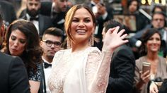 Chrissy Teigen caught 'sleeping' during Denzel Washington's Oscar loss  It's not yet clear whether or not she was actually asleep or if she was just pretending to be after a long day, a long ceremony, and an apparent snub of Denzel Washington. But either way, the Internet absolutely loved it. After all, what better way to ... #DenzelWashingtonOscar