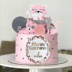 Muito fofo para #Mesversario By @anepinheiro_confeitaria Bolo Drip Cake, Drip Cakes, Cake Icing, Cat Party, Love Craft, Unicorn Party, First Birthdays, Cake Toppers, Cake Decorating