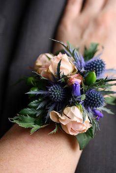 Wrist corsage - blue accents, I love it!