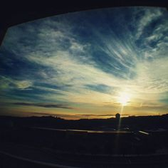 【takafumi_seino】さんのInstagramの写真をピンしています。《#午前7時 #朝 #あさひ #太陽 #空 #青 #水色 #青空 #雲 #店 #駅 #屋根 #アーケード #ビル #林 #森 #山 #逆光 #広角 #魚眼 #ベランダから #秋 #東京 #tokyo #東京の空》