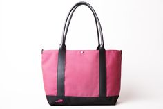 Pictured: The Sazerac Tote in Pink! #VesperFaering #startup #Vancouver #Canada #fashion #style #accessories #gifts #travel #traveltips #travelhacks #organization #bags #luggage