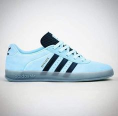 Uk Culture, Adidas Models, Gentleman Style, Adidas Originals, Trainers, Adidas Sneakers, Menswear, Shoes, City