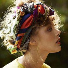 #LeçonDeCoiffure http://www.elle.fr/Beaute/Cheveux/Coiffure/Comment-faire-une-coiffure-boheme-2939620