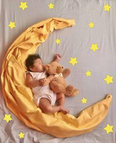 Monthly Baby Photos, Newborn Baby Photos, Baby Poses, Newborn Pictures, Baby Boy Newborn, Cute Babies Photography, Newborn Baby Photography, Baby Shots, Diy Bebe