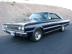 1967 Dodge Coronet R/T Plymouth Muscle Cars, Dodge Muscle Cars, Dodge Super Bee, Dodge Coronet, Chevy Impala, American Muscle Cars, Dodge Charger, Big Trucks, Hot Cars